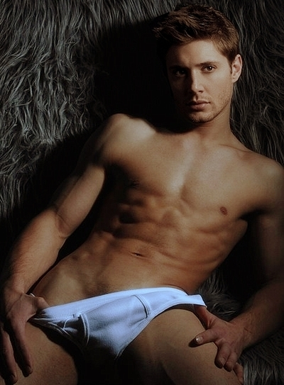 jensen-ackles-in-stretched-underwear-all-people-photo-u1